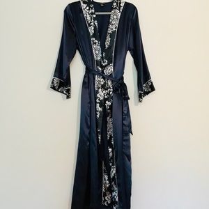 JNY Nightgown & Robe Navy Sz S